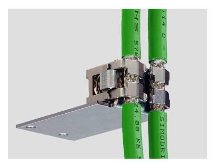 V90通信电缆的屏蔽连接